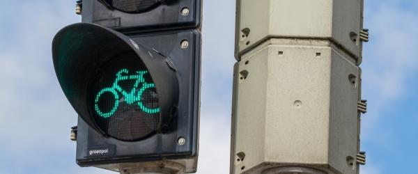 traffic-light-1369020_1920